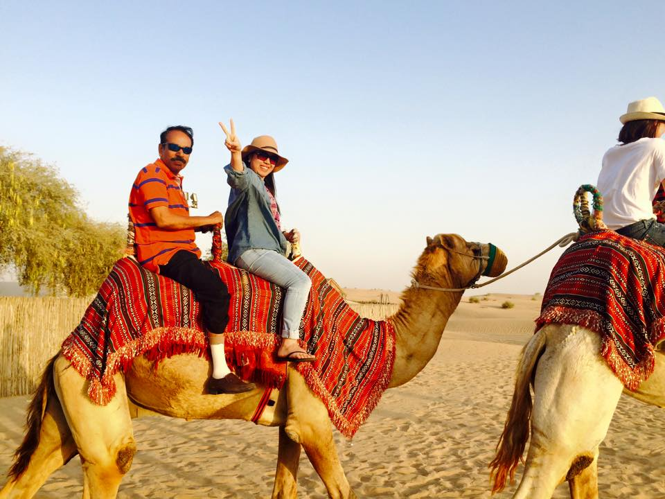 Dubai - Riding Camel